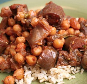 Braised Lebanese Eggplant with Chickpeas