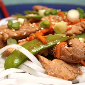 Pork Stir-Fry with Carrots and Snow Peas