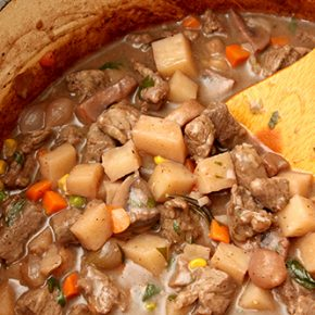 Quick Beef Stew with Red Wine and Rosemary