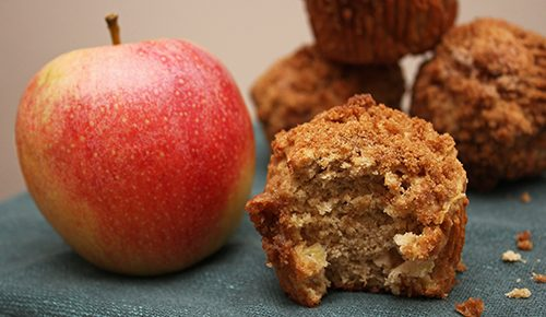 Apple-Cinnamon Crumble Muffins