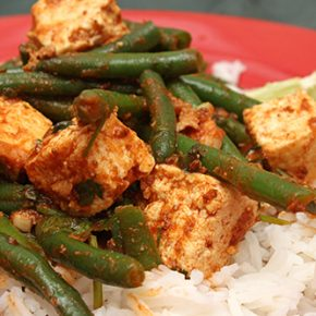 Tofu and Haricots Verts with Chraimeh Sauce